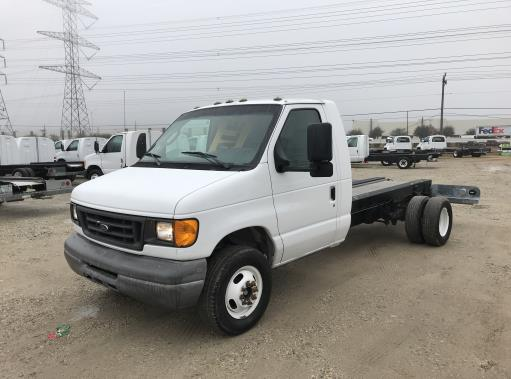 Used 2007 14 ' Cab and Chassis for sale