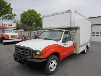 Used 1999 14 ' Box Truck for sale