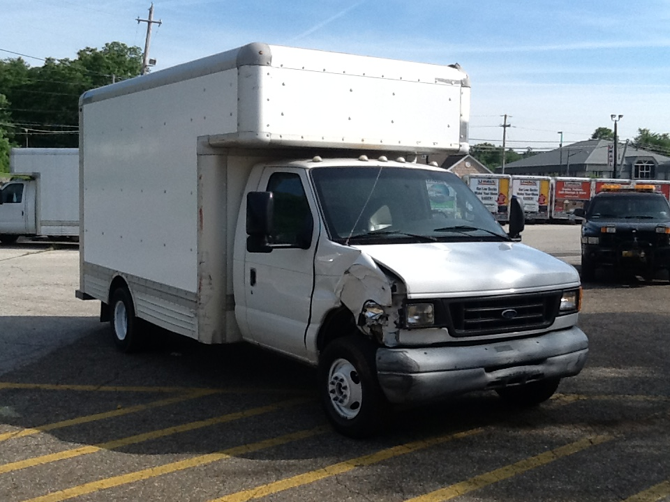 Used 2006 14 ' Box Truck for sale