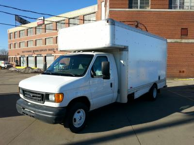 Used 2006 17 ' Box Truck for sale