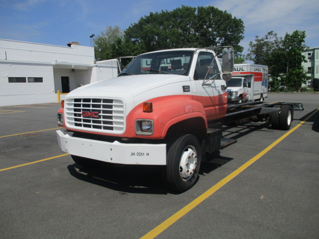 Used 2000 26 ' Cab and Chassis for sale