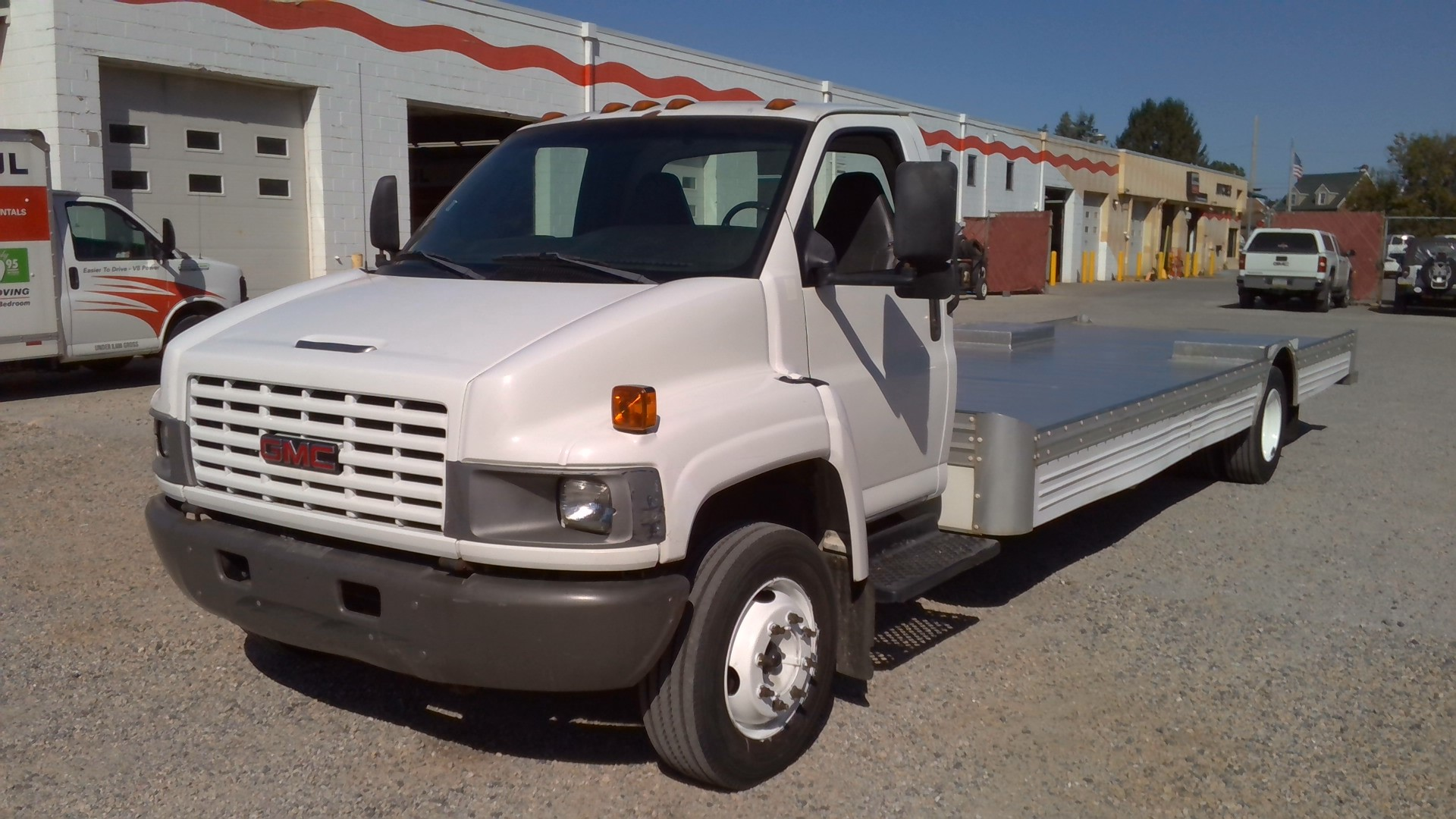 Used 2005 26 ' Cab and Chassis for sale